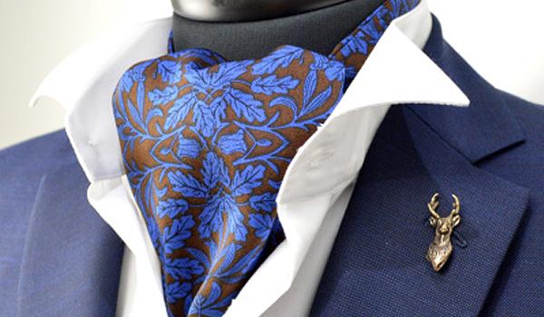 アスコットタイ ふわっとしたフォーマル用のネクタイ